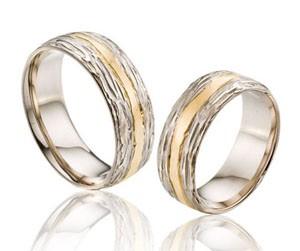 2198 Фактурные необычные обручальные кольца два оттенка золота на заказ (Вес пары: 14гр. С учетом скидки